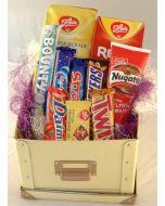 Delikate Sjokolade gaver i boks Hjerteform Ferrero Rochet, Nettbutikk bryllup, alt til bryllupet,  fruktkurv som gaver, bestille fruktkurv gave, fruktkurv gave, gavekurv frubordpynt bryllup, bryllup dekorasjon til leie,bryllup, bryllupspynt, borddekorasj
