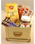 Sjokolade og kjeks som gave Hjerteform Ferrero Rochet, Nettbutikk bryllup, alt til bryllupet,  fruktkurv som gaver, bestille fruktkurv gave, fruktkurv gave, gavekurv frubordpynt bryllup, bryllup dekorasjon til leie,bryllup, bryllupspynt, borddekorasjon b