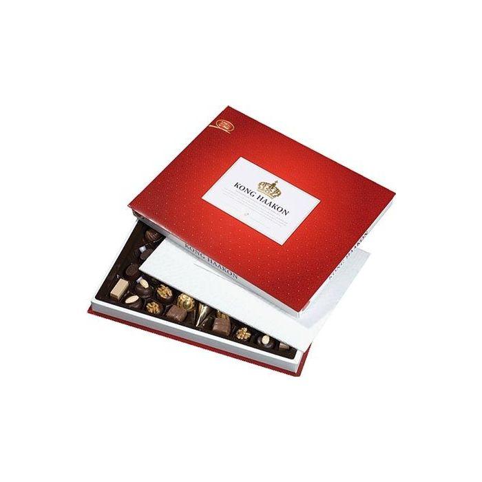Kong Haakon 450g Freia Hjerteform Ferrero Rochet, Nettbutikk bryllup, alt til bryllupet,  fruktkurv som gaver, bestille fruktkurv gave, fruktkurv gave, gavekurv frubordpynt bryllup, bryllup dekorasjon til leie,bryllup, bryllupspynt, borddekorasjon bryll