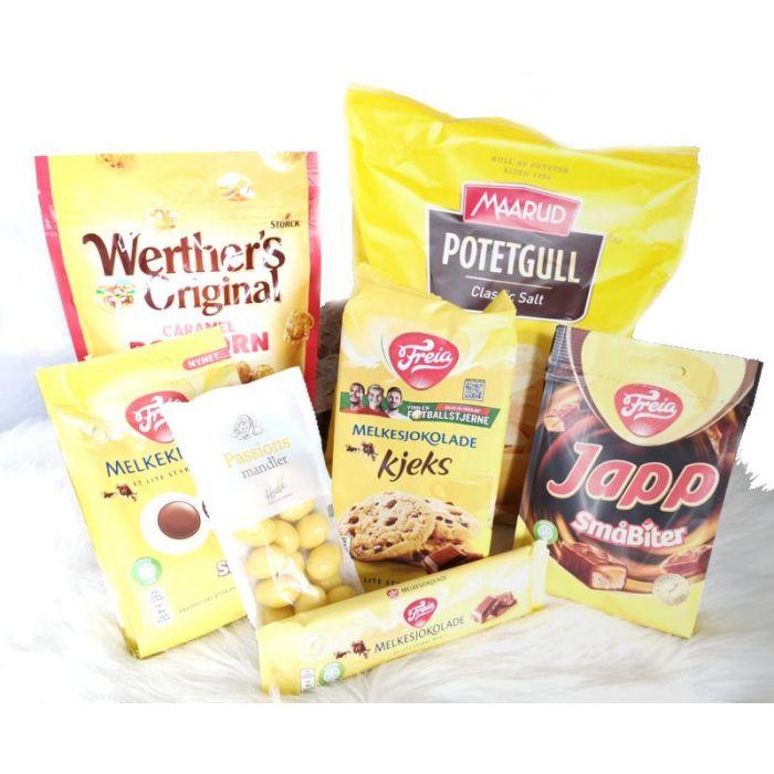 Sunny Orange Corporate Basket Hjerteform Ferrero Rochet, Nettbutikk bryllup, alt til bryllupet,  fruktkurv som gaver, bestille fruktkurv gave, fruktkurv gave, gavekurv frubordpynt bryllup, bryllup dekorasjon til leie,bryllup, bryllupspynt, borddekorasjo